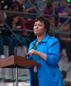 Lisa Jackson, administrator for the Environmental Protection Agency (EPA) speaks to the thousands gathered for the Climate Rally held at the National Mall in Washington DC, a free concert for the 40th anniversary of Earth Day.  April 25, 2010.  (Photo by Jeff Malet)