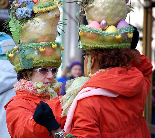 Now you look great, my dear!<br /> Easter parade, NYC