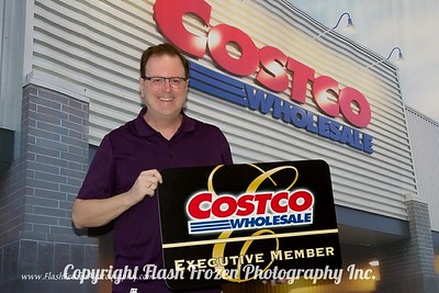 Jim Adlhoc welcomes the new Costco