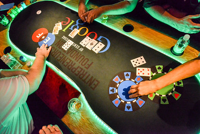 EF Poker0068