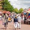 Braderie op de Rembrandtweg in Amstelveen.