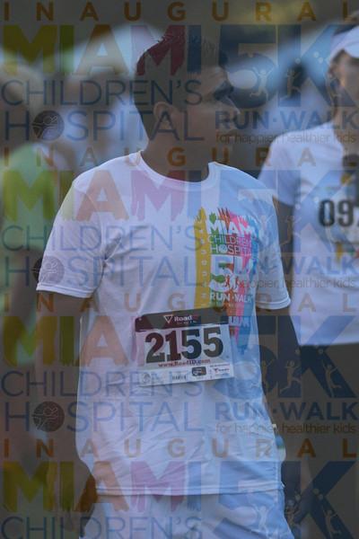 2011MCH5K_0705O OMAR 2155 candids