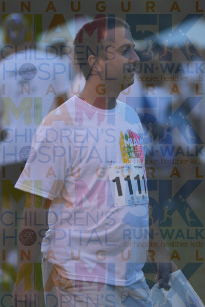 2011MCH5K_0708O OMAR 1111 candids