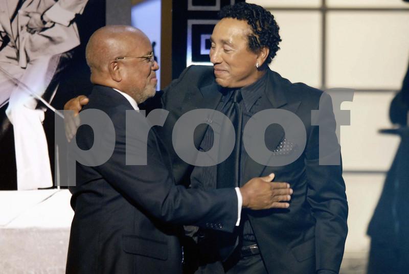 """Berry Gordy and Smokey Robinson share in a reflective moment of respect as Smokey Robinson is honored  at the recent taping of """"An Evening of Stars"""" hosted by United Negro College Fund in Pasadena, California on Saturday, September 22, 2007 <br /> (AP Photo/Earl Gibson III)"""