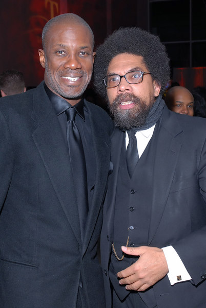 Bishop Noah Jones and Cornell celebrate 15yrs of Jounalism with  Tavis Smiley at the Museum of Television and Radio in Bevely Hills, CA on November 16, 2006 <br /> (AP\Earl Gibson III)
