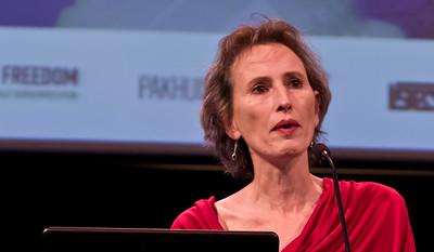 IMGP2600 - Karin Spaink, voorzitter van de jury van de #BBA2010