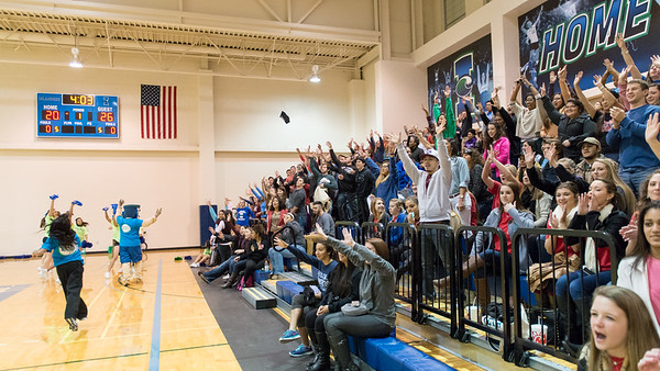 022515_FacultyVsStudents_BasketballGame-0332