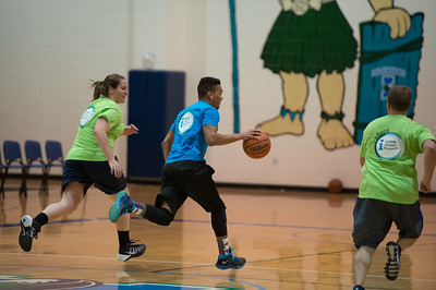 022515_FacultyVsStudents_BasketballGame-0238