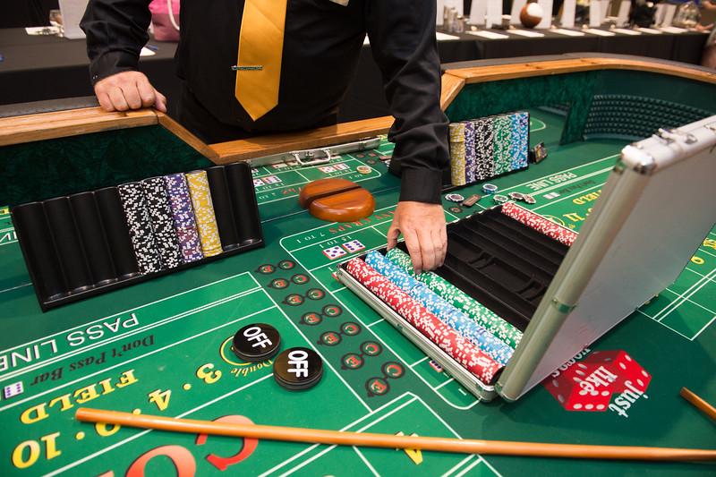 081015_CasinoNight-2665