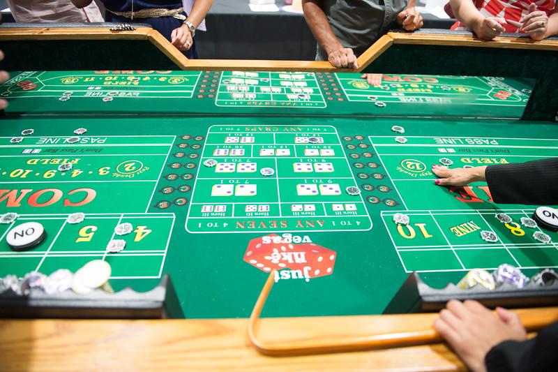 081015_CasinoNight-2999