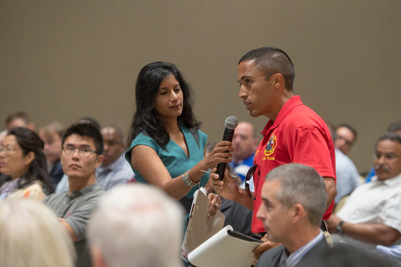 092515_FAA-PublicMeeting_TO1_Photo-60