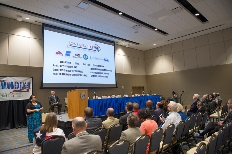 092515_FAA-PublicMeeting_TO1_Photo-18
