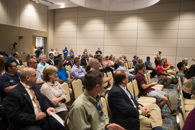 092515_FAA-PublicMeeting_TO1_Photo-20