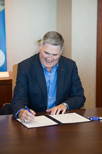 Fred Braselton during the Braselton Homes Endowed Scholarship in Entrepreneurship recognition signing. Monday November 23, 2015 at Texas A&M Corpus Christi - University.