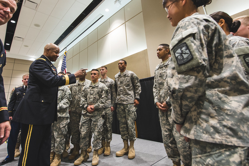 LTG Larry Wyche speaks to the Islander Batallion during his visit to the TAMU-CC campus.