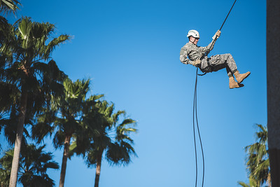 012216_Rappelling-2914