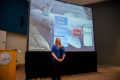 graduate student Alexandra Epple presenting her 3 minute thesis