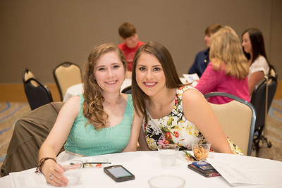 Lauren Walker and Arielle Schochler during the SEAS Leadership Awards.