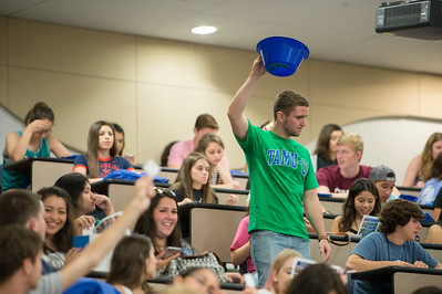 Orientation Leader Brandon Reeves collects question cards during the 2016 New Student Orienation.