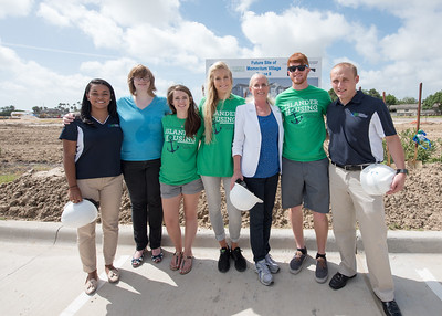 Andrea Gilson (left), Elizabeth Mock, Taylor Griffen, Brianna Brink, Kathy Killebrew, Scott Kelley and Garret Ransom.