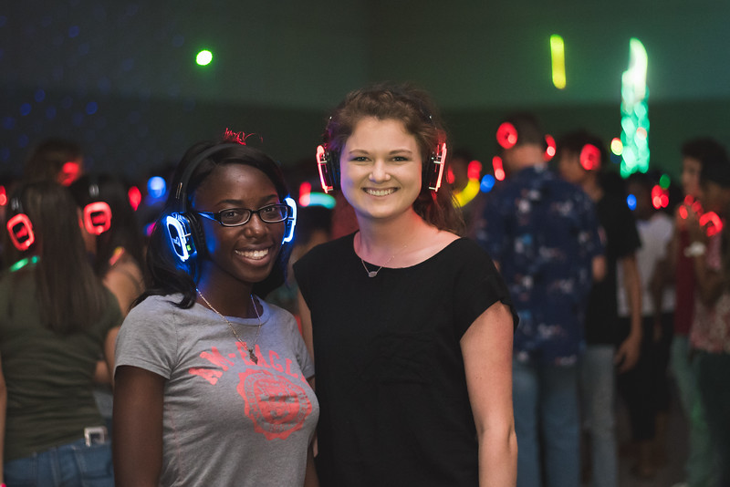Kairon Stweart (left) and Abbey Bennett. Monday August 22, 2016 during the New Student Orientation Glow Party.
