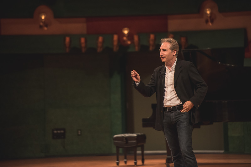 TAMU-CC / Marketing & Communications Dr. Brian Greene