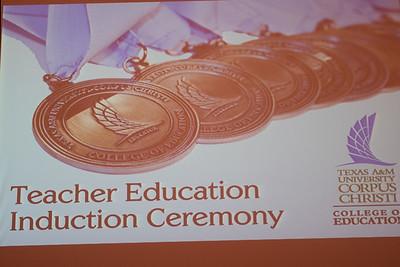 121416_CoEHD_TeacherInductionCeremony-6961