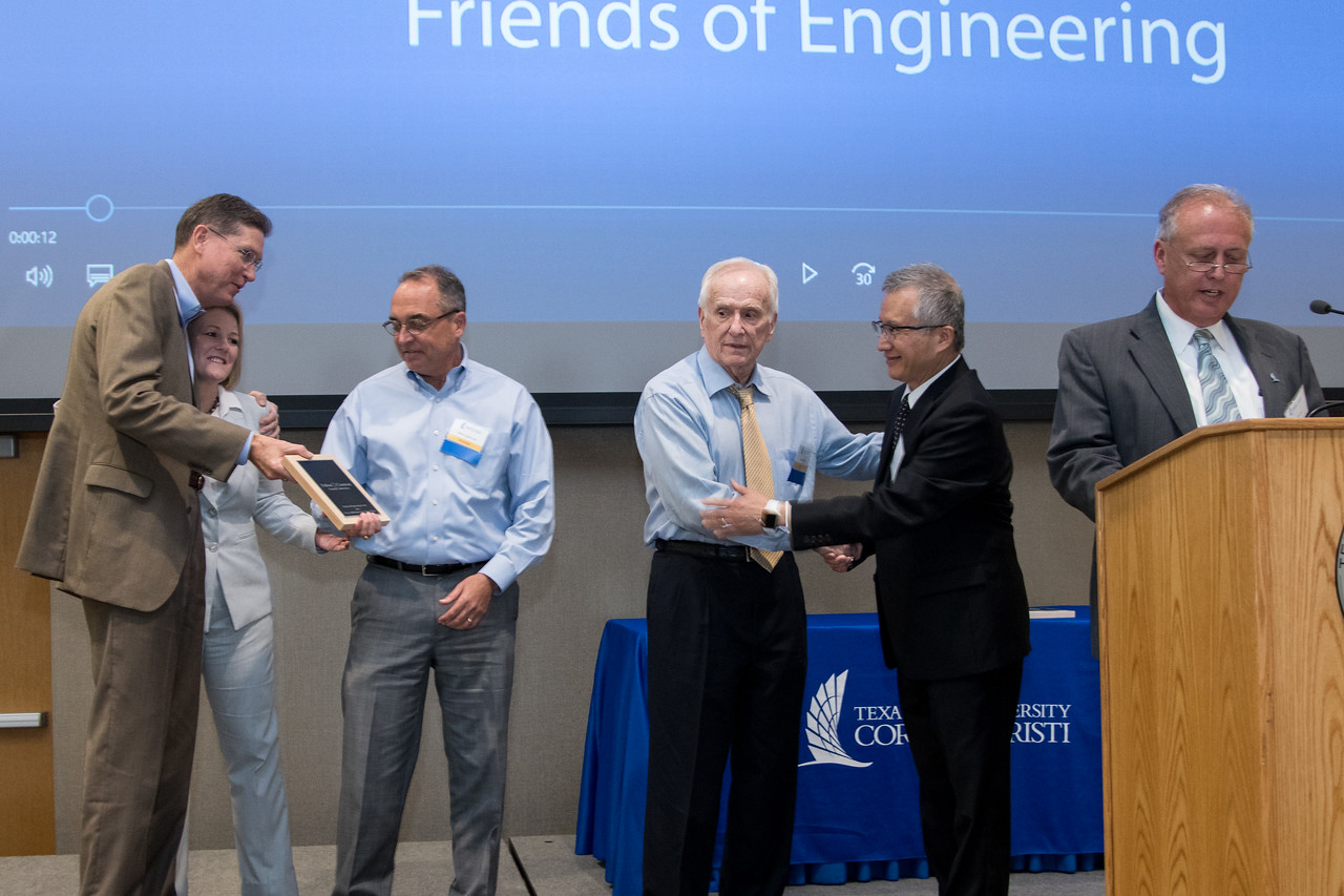 040717_FriendsOfEngineering-JW-9960