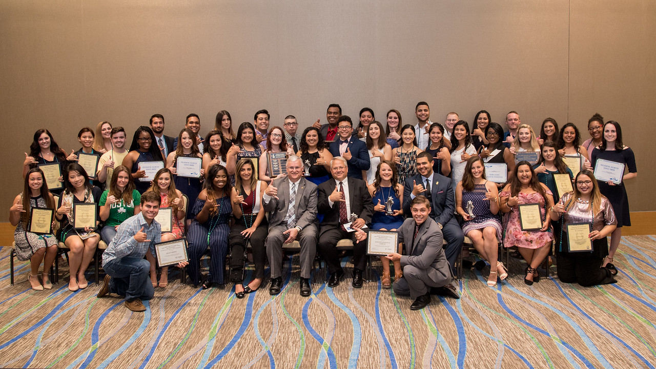 SEAS Leadership Award recipients gather for a group photo following an event hosted in their honor.