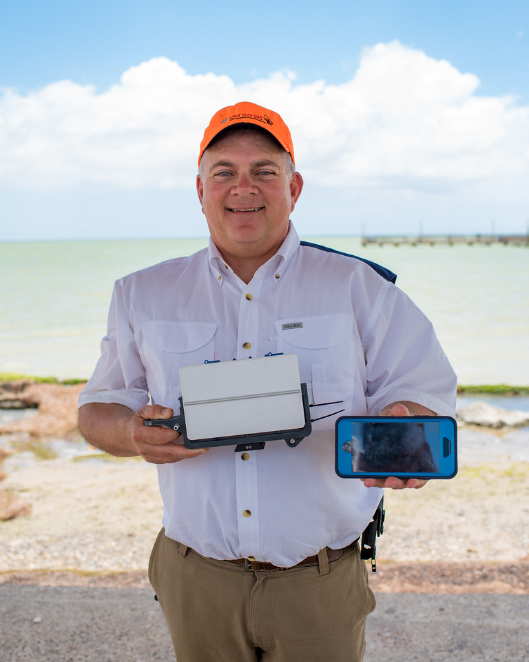 Jerry Hendrix displays the radar used during the Lone Star UAS test run.