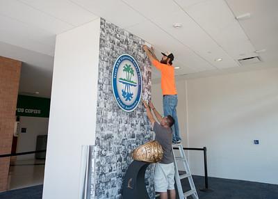 080917_IslanderRingMural-Installation_LW-9106
