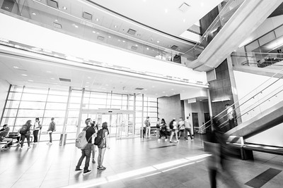 Students make their way through the O'Connor building on the first day of the 2017 Fall Semester.