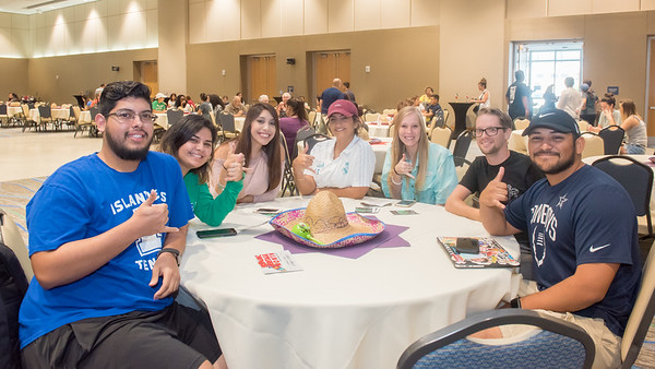 Islanders enjoy fun-filled festivities at the Hispanic Heritage Month Kick Off in the University Center.   FMI on Hispanic Heritage Month events: http://bit.ly/2fpcsbf