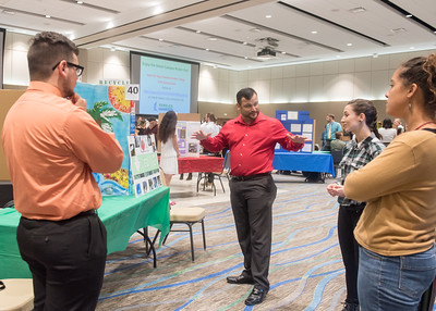 112117_GreenCampusPosterFair-4819