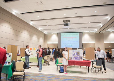 112117_GreenCampusPosterFair-4821