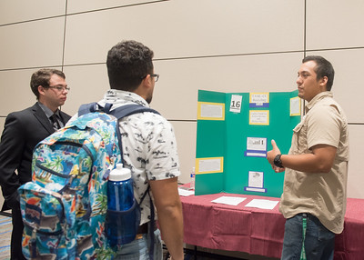 112117_GreenCampusPosterFair-4804