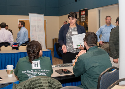 2018_03067-CareerFair_LW-8581