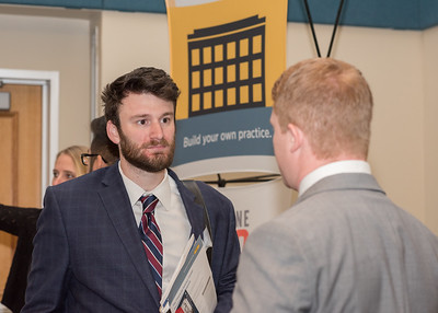 2018_03067-CareerFair_LW-8600
