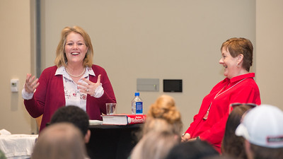 2018_0402-CommWeekWomenCommunicationandLeadership_JM-9751