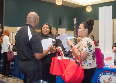 2018_0411_EducationCareerFair_LW-2929