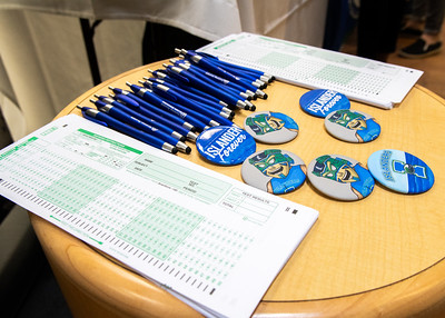 The Mary and Jeff Library provide scantrons, islander pins and pens for students as they stop by for bagels and coffee