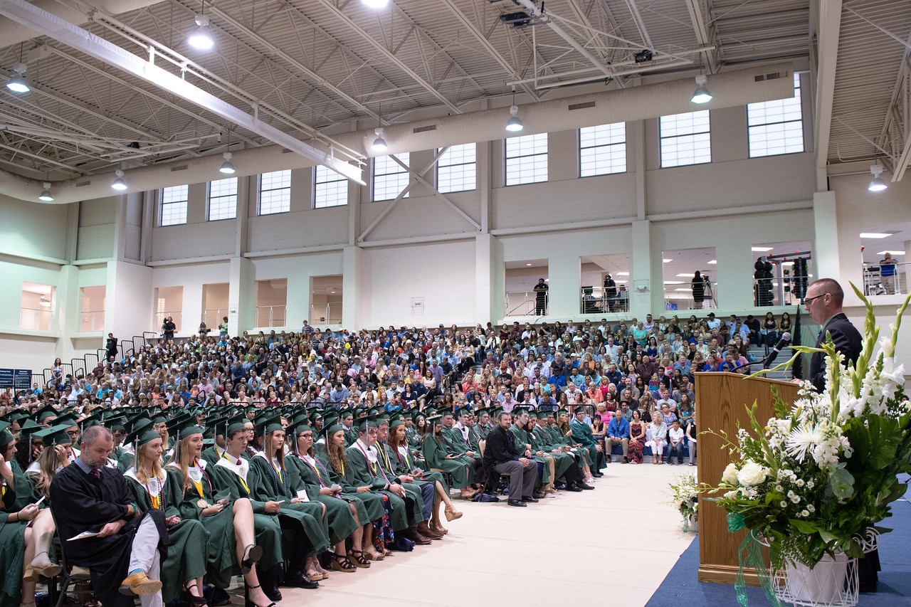 2018_0601-RFHS-Graduation-8615