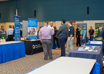 2018_1003_Business&LiberalArtsCareerExpo_LW-0143