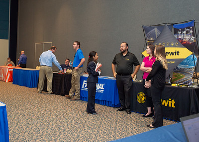 2018_1003_Business&LiberalArtsCareerExpo_LW-0142