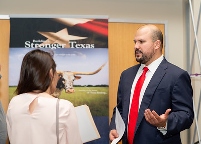 2018_1003_Business&LiberalArtsCareerExpo_LW-0127