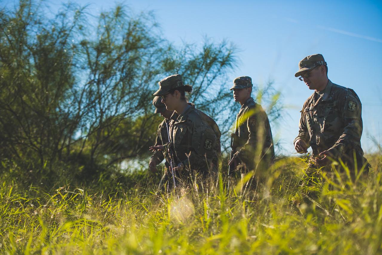 2018_1102-ROTC-Drills-0403