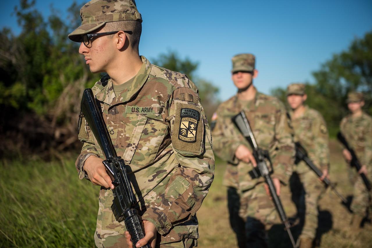 2018_1102-ROTC-Drills-0367