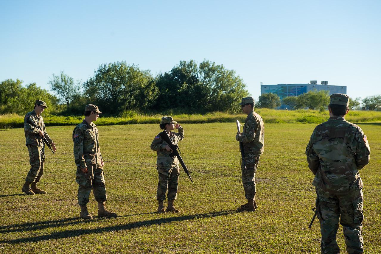 2018_1102-ROTC-Drills-0329