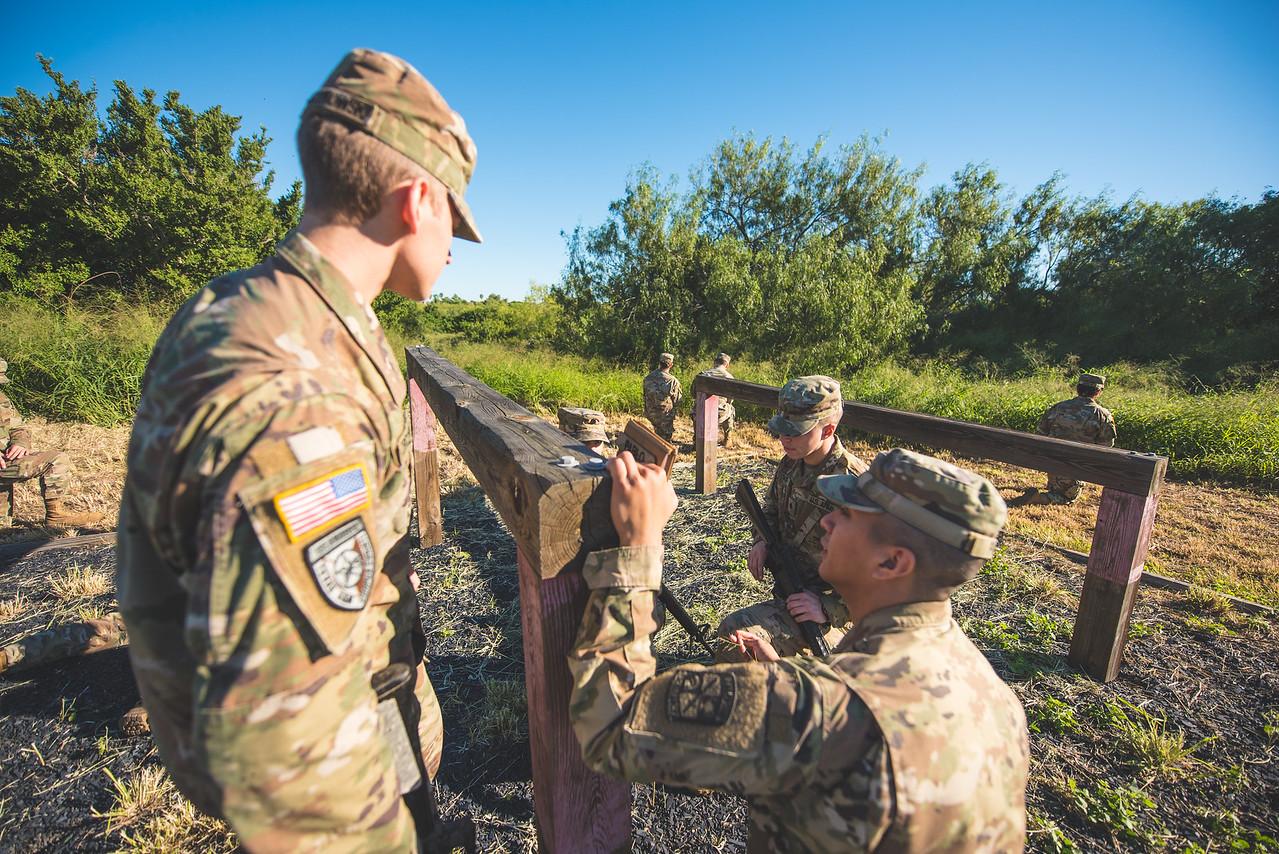 2018_1102-ROTC-Drills-9303