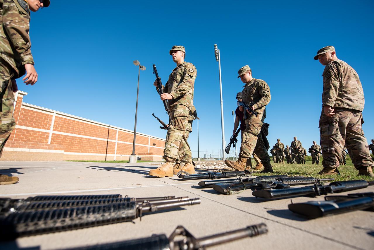 2018_1102-ROTC-Drills-9330